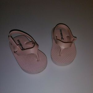 Old Navy Toddler Girls Pink Sandals Shoes Size: 4